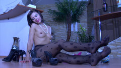 Nylon Feet Line free video Daily Gallery